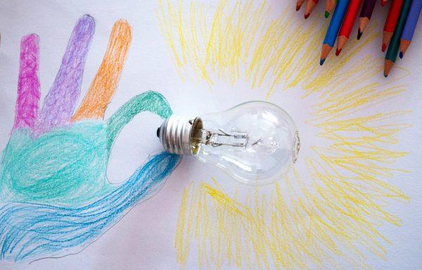 Lunea creativa – curs online. Martie 2021